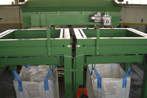 Bulk Tote Filling - Adair Bulk Solutions